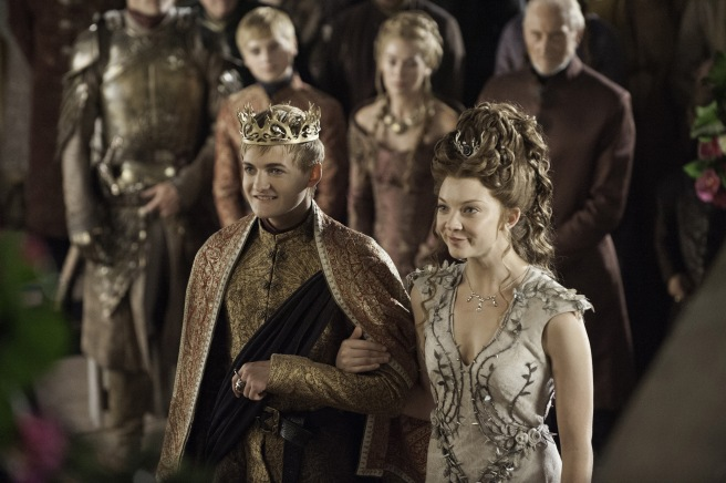 Margaery-Tyrell-s-Wedding-Season-4-house-tyrell-36918928-3607-2400.jpg