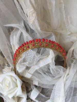 bohemian-belle-tiara.png