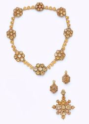 Gold and Citrine Parure, ca 1820.jpg